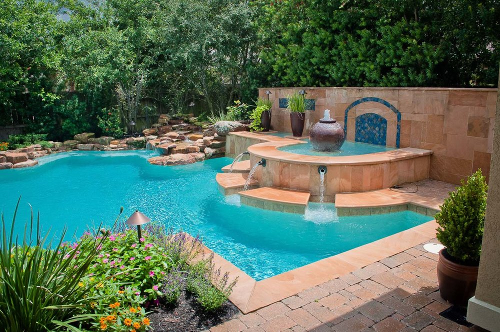 Woodlands Custom Pool Builder and Design 36.jpg