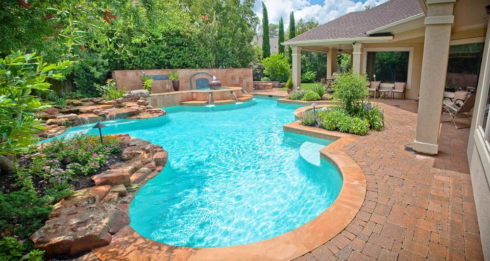 Woodlands Custom Pool Builder and Design 38.jpg
