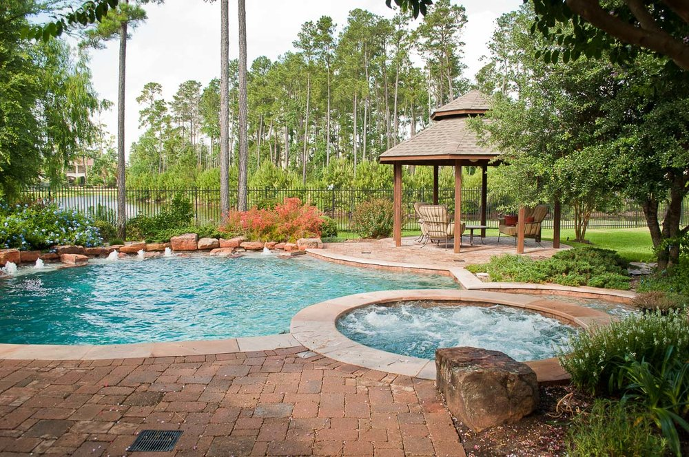 Woodlands Custom Pool Builder and Design 42.jpg
