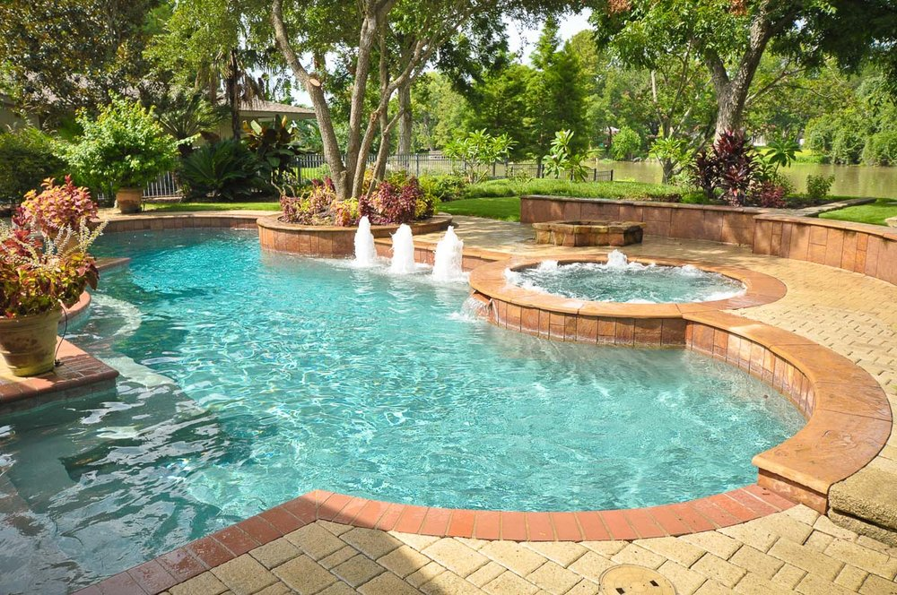 Woodlands Custom Pool Builder and Design 44.jpg