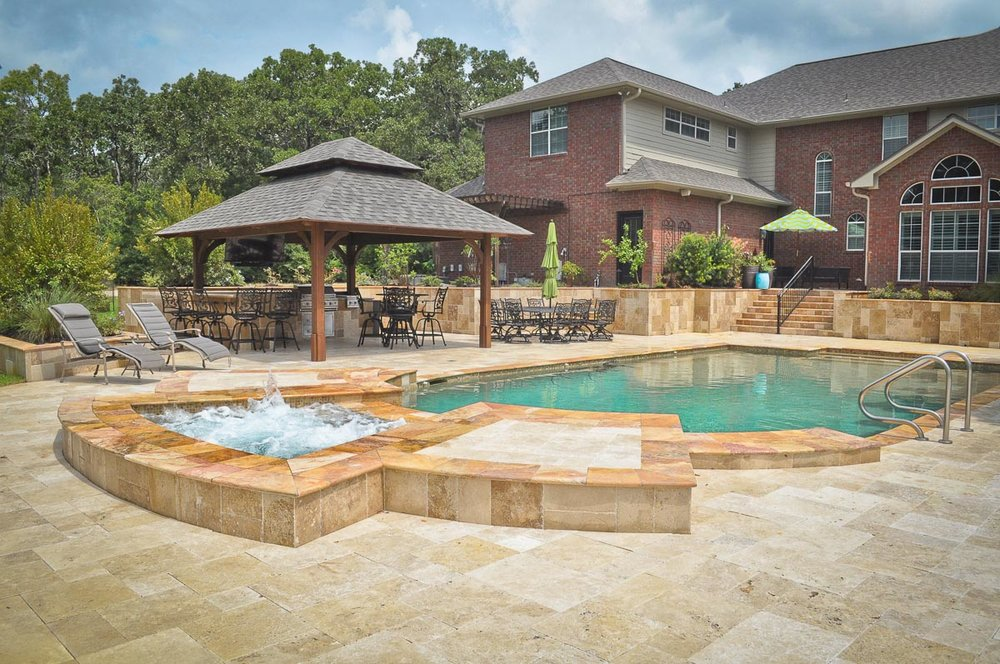 Well-known Custom Pool Builder in The Woodlands — Mirror Lake Designs KE51