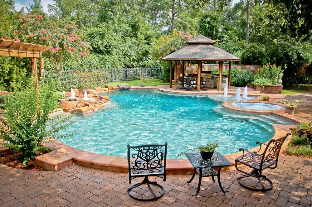 Woodlands Custom Pool Builder and Design 54.jpg