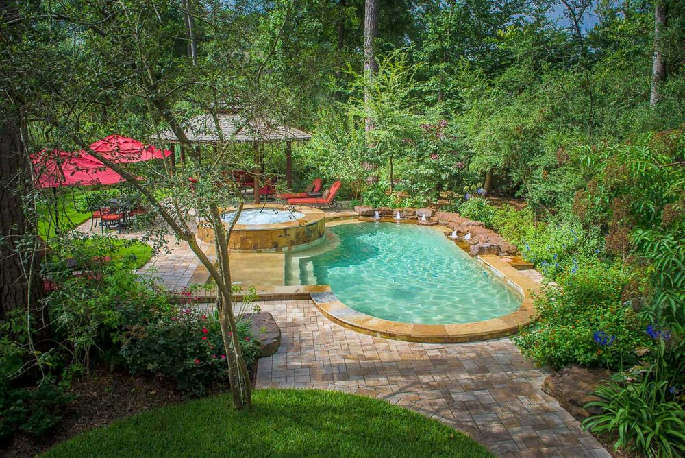 Woodlands Custom Pool Builder and Design 57.jpg