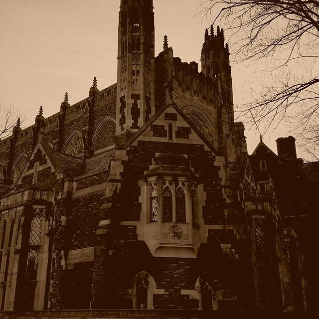 One of the many beautiful buildings at #Yale. Listen to Episode #39 of The Savage Podcast at www.thesavagepodcast.net I wonder if @grantswilson from Ghost Hunters has ever been here? This also reminded me of @aniaahlborn . . . . . #ghost #ghosthunters #spirit #scary #haunted #wanderlust #travelbug #bjj #jiujitsu #savage #savageaf #mma #yoga #yogi #buffalove #buffalo #podcastjunkie #podcastaddict #podcast #love #instagood #followme #follow