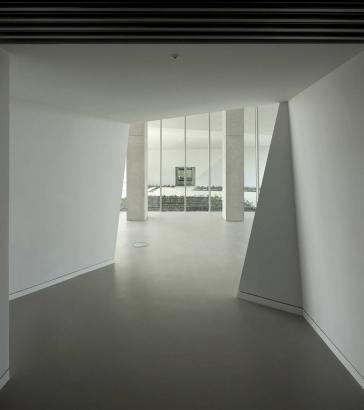 E8_Building_04