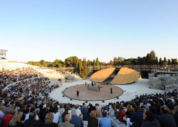 Stage_Set_at_Ancient_Greek_Theatre_03