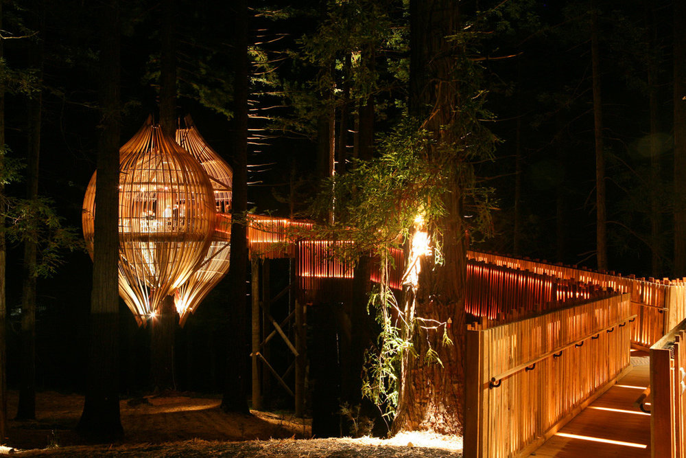 Yellow_Treehouse_Restaurant_08