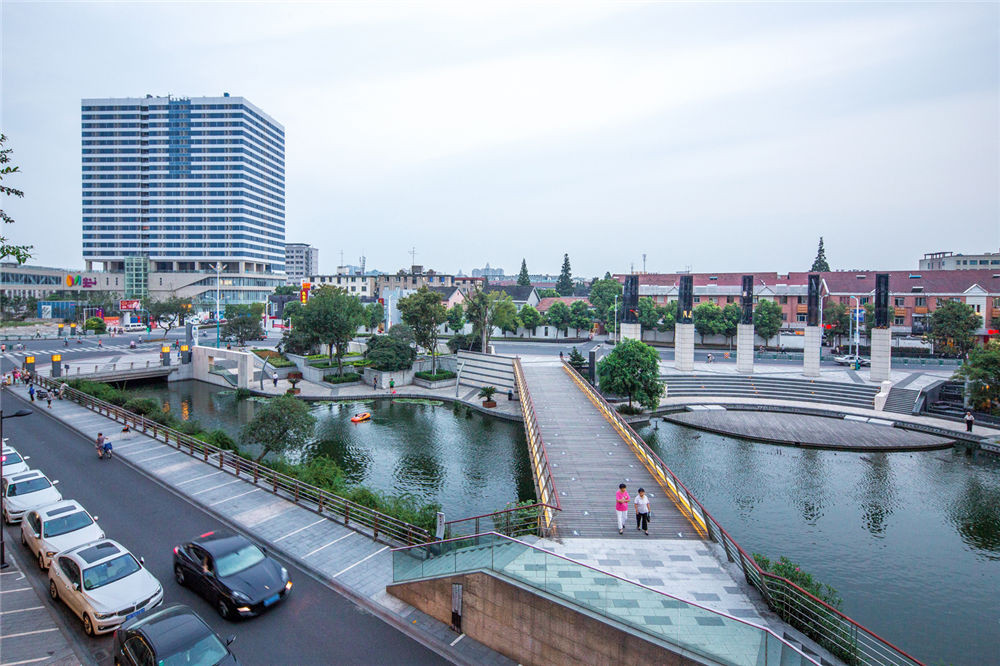 Town_River_10