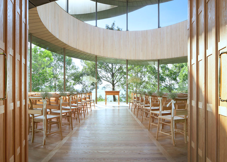 Ribbon_Chapel_06