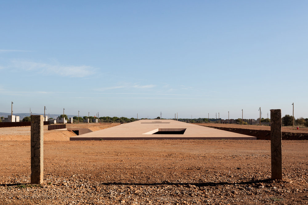 The_Rivesaltes_Memorial_03