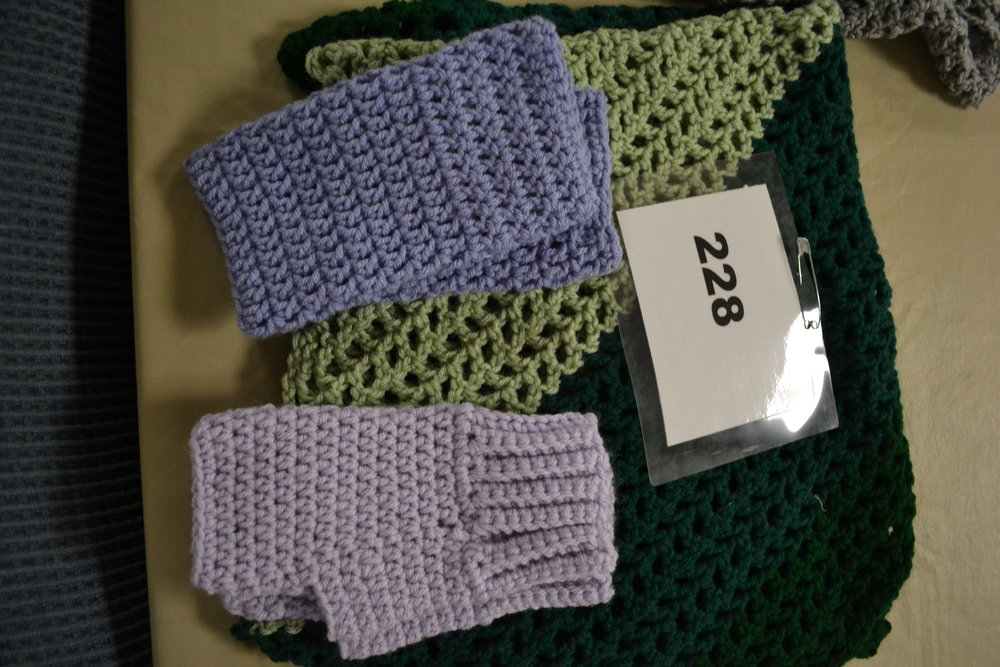 #228  Shawl, hand warmers