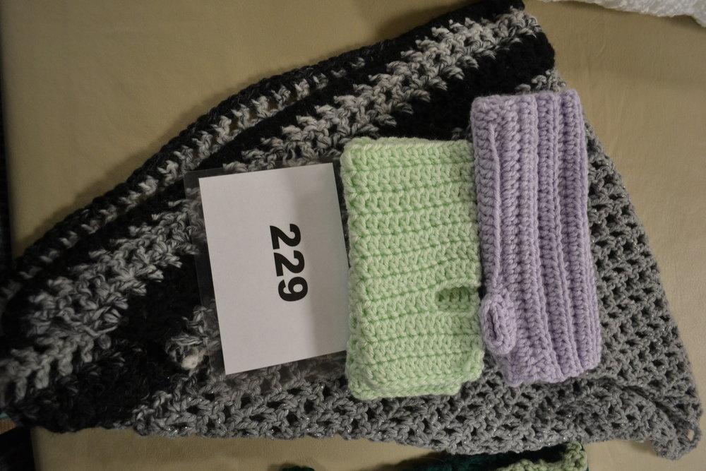 #229  Shawl, hand warmers