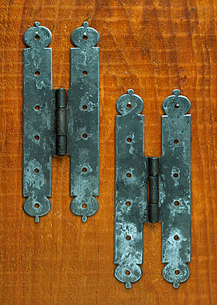 7-inch H-hinges for the Paysons