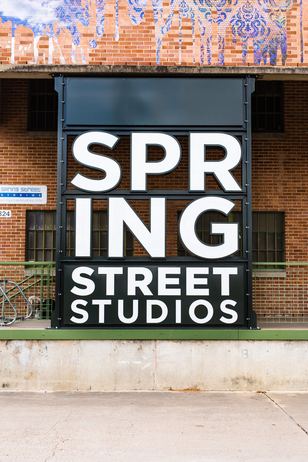springstreet-day-sign-2.jpg