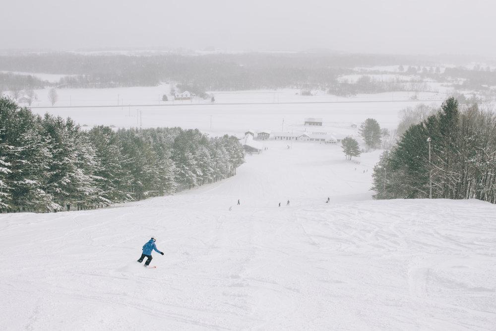 Downhill Skiing in CNY near Wellness:te Vacation Cabin