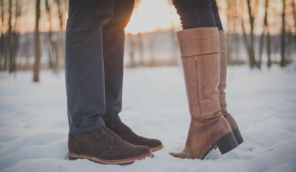 retouched-kissing-couple-snow-sarah-fishman.jpg