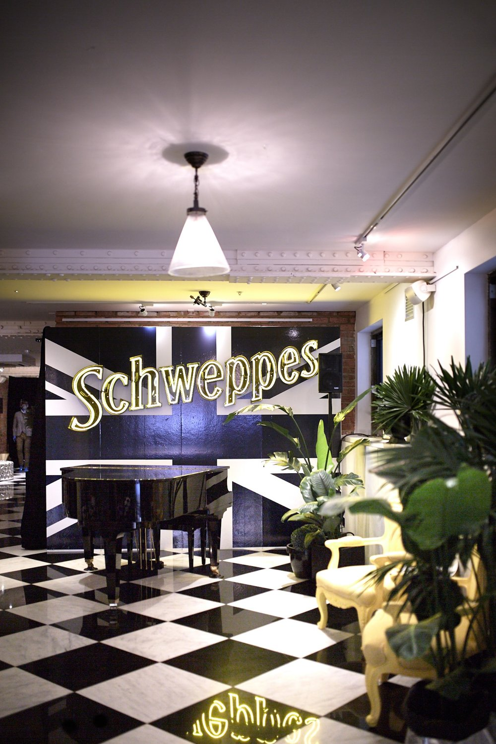 bar-schweppes-launch-interior-6.jpg