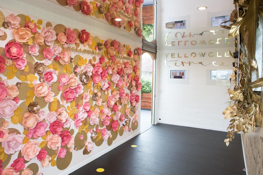 yellowglen-terrace-sofitel-girls-day-out-2016-flower-wall.jpg