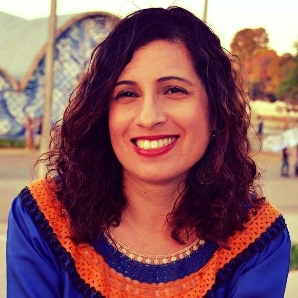 Delza Carvalho - #empreendedorismo #redes #storytelling #blockchain