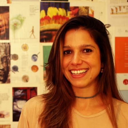 Juliana Loyola - #blockchain #colaboração#nova economia#p2p