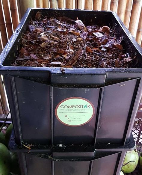 Composteiras produzidas pela Compostar.