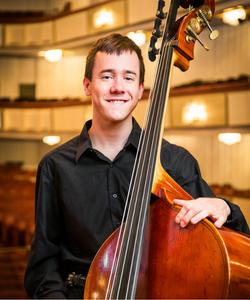 Alex Jacobsen, Bass
