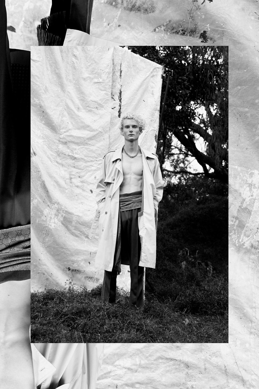 Trench Coat Yves Saint Laurent Hommes, Gucci Scarf, Pants Needles