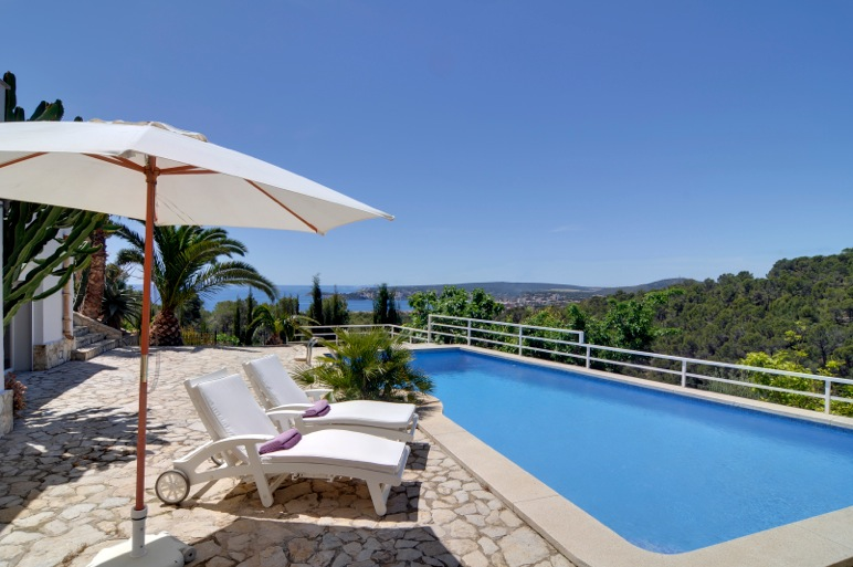 Mallorca_Seaview_Villa_forsale_Costadenblanes_1