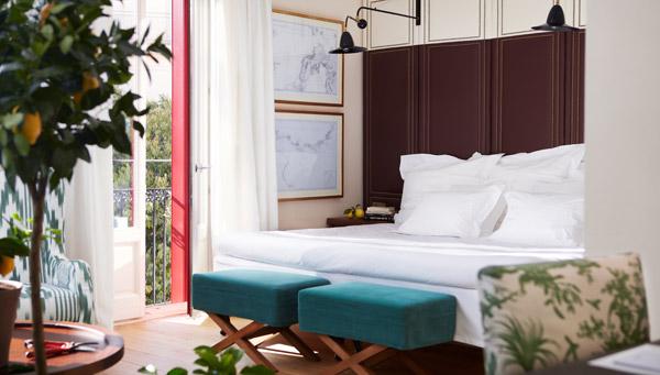 room 2 hotel cort