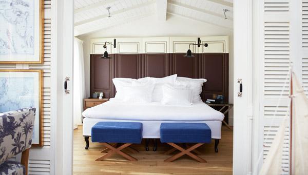 room hotel cort
