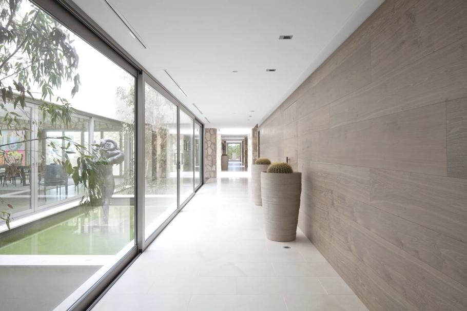 Contemporary-Villa-Mallorca-05.jpg