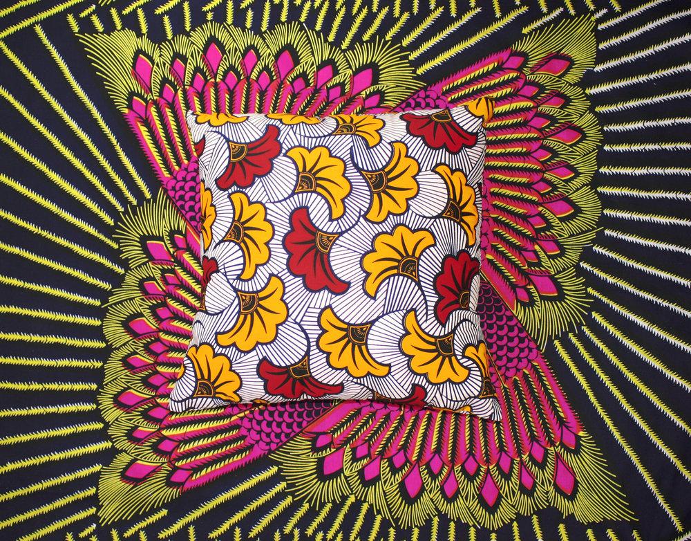 fleurs de mariage - coussin carré — adjamée