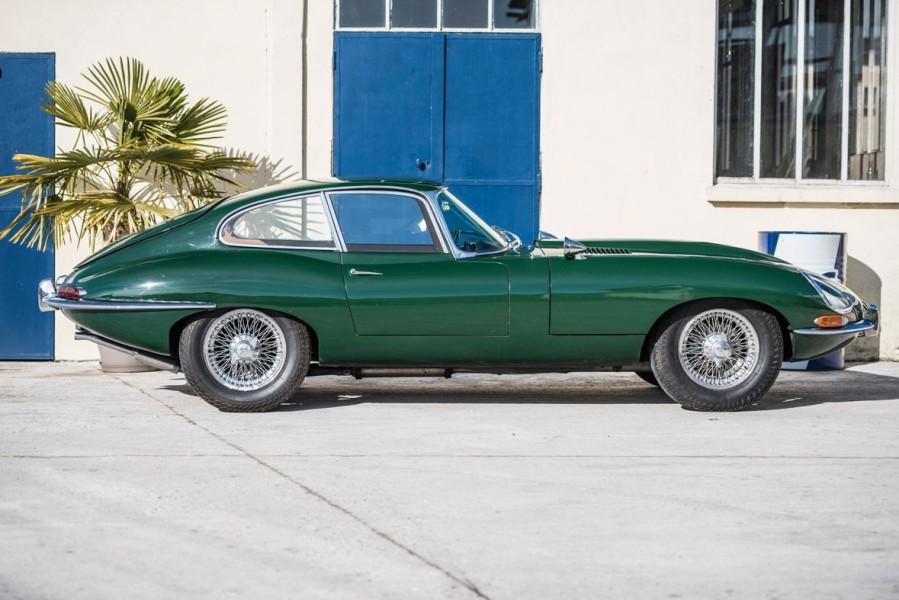 Jaguar Type E verte .jpg