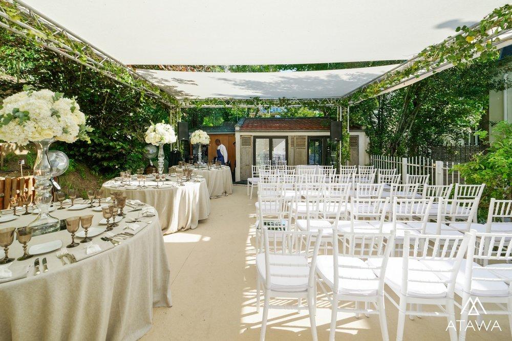 Article_Atawa_location_tente_mobilier_evenement_mariage_structure_sur_pont_paris_mobilier_3.jpg