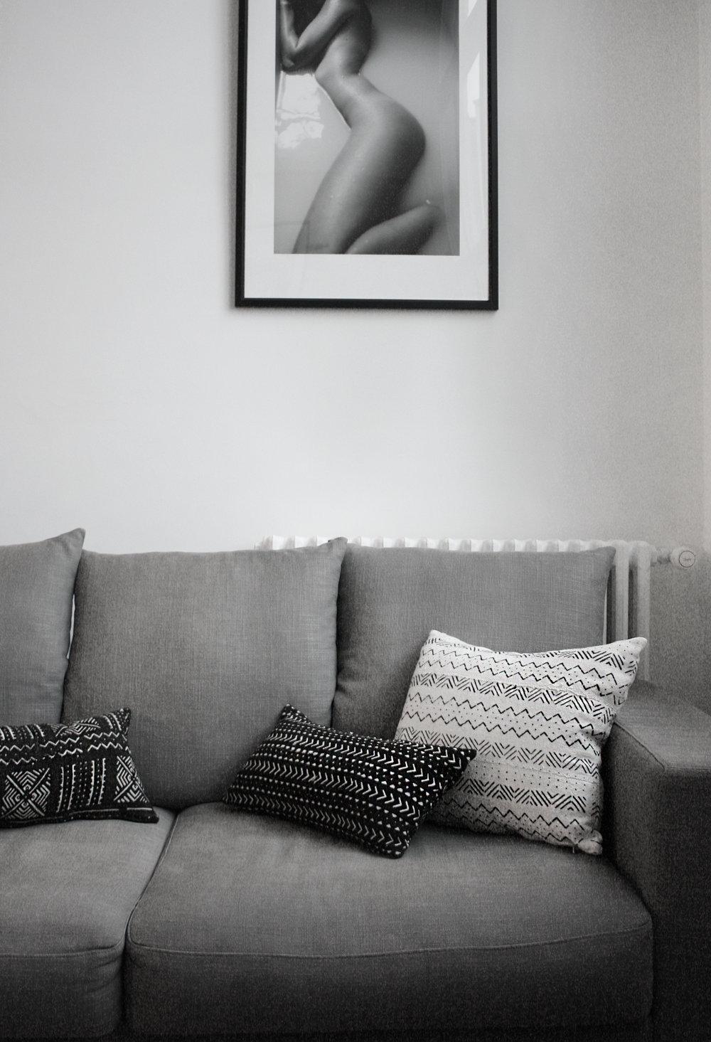adjamee-coussins-deco-noir-blanc-boheme-canape-bogolan.jpg