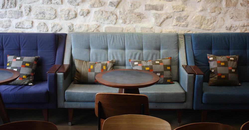 Adjamée_hotel_basss_coussins_5.jpg
