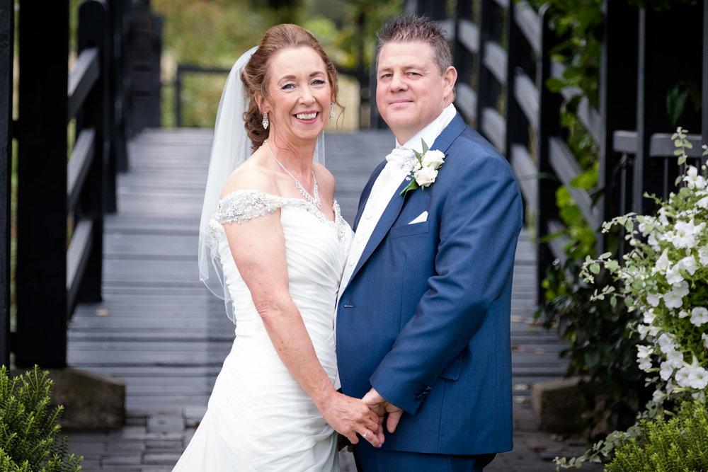 Essex-wedding-photographer-Prested-Hall-wedding-photography-018.jpg