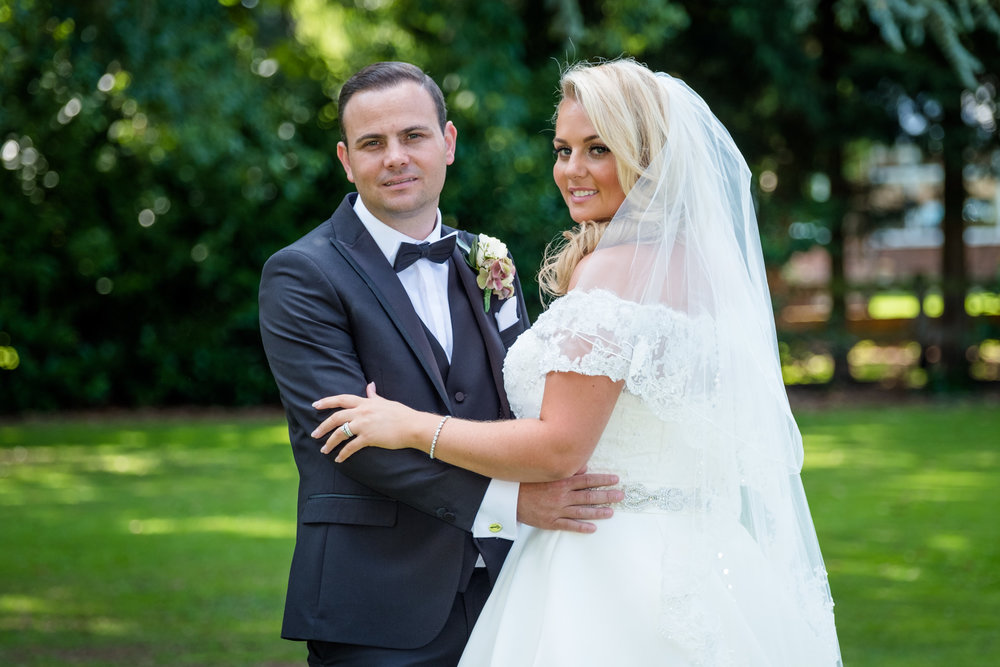 Orsett-Hall-Essex-wedding-photographer-Orsett-Hall-wedding-photography-023.jpg