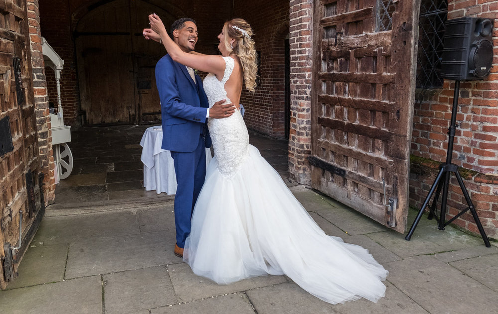 Chelmsford wedding photographer, Leez Priory wedding photography