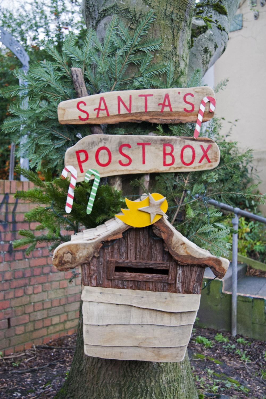 Santas Mailbox.jpg