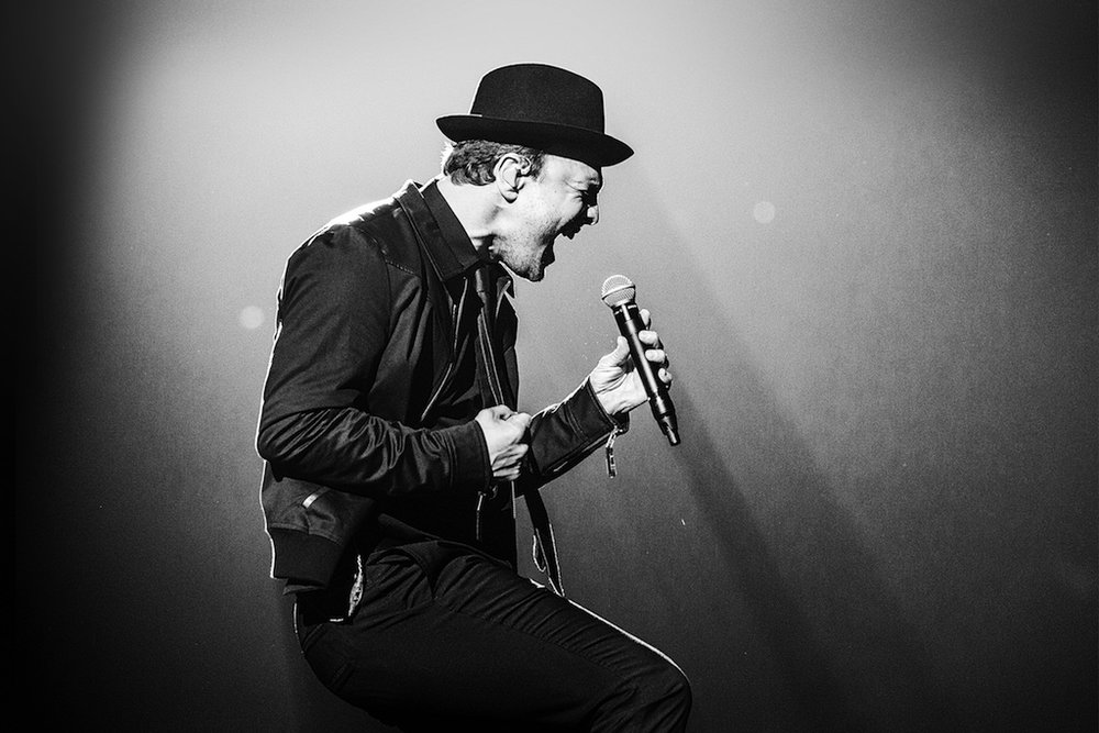 Gavin DeGraw Approved Photo 6.1.17 copy.jpg
