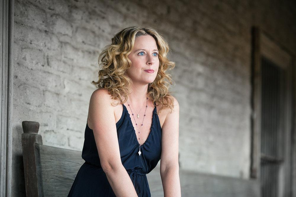 Amy Helm 2 - © Jana Leon.jpg