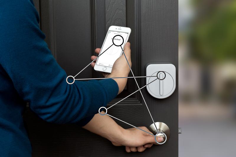 Auguste, la serrure qui vous permet d'ouvrir votre maison avec votre portable