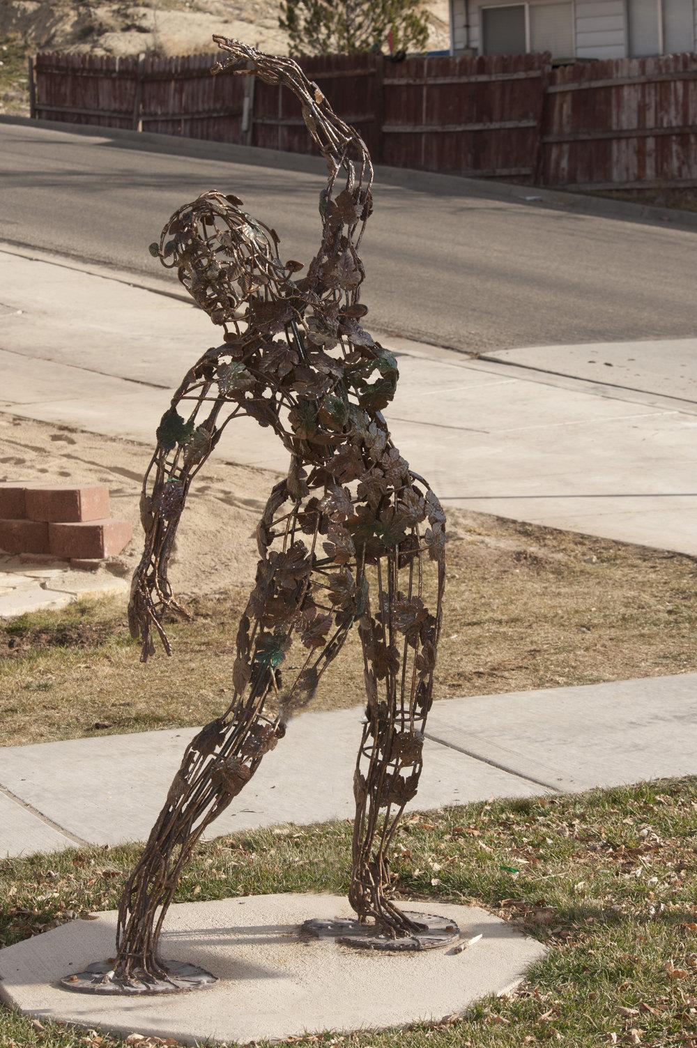SAC_Sculpture_MetalWoman (2).jpg