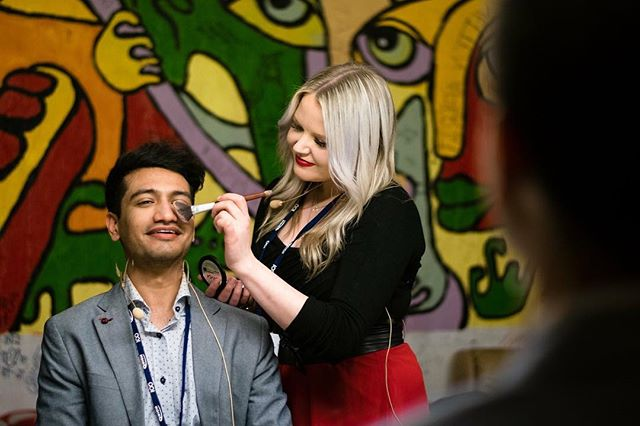 Volunteer make-up artist wanted Hello amazing professional makeup artists, TEDxHelsinkiUniversity is looking for you to join our volunteer team and work with our speakers and hosts for TEDxHelsinkiUniversity2018 event at Tiedekulma on May 11th. If you are interested and want to know more, please click on the link below: https://www.tedxhelsinkiuniversity.com/join-us/ (Photo by @newpixphotography at TEDxHelsinkiUniversity 2017)