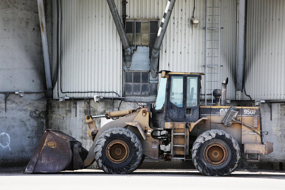 construction-tractor-excavator-site.jpg