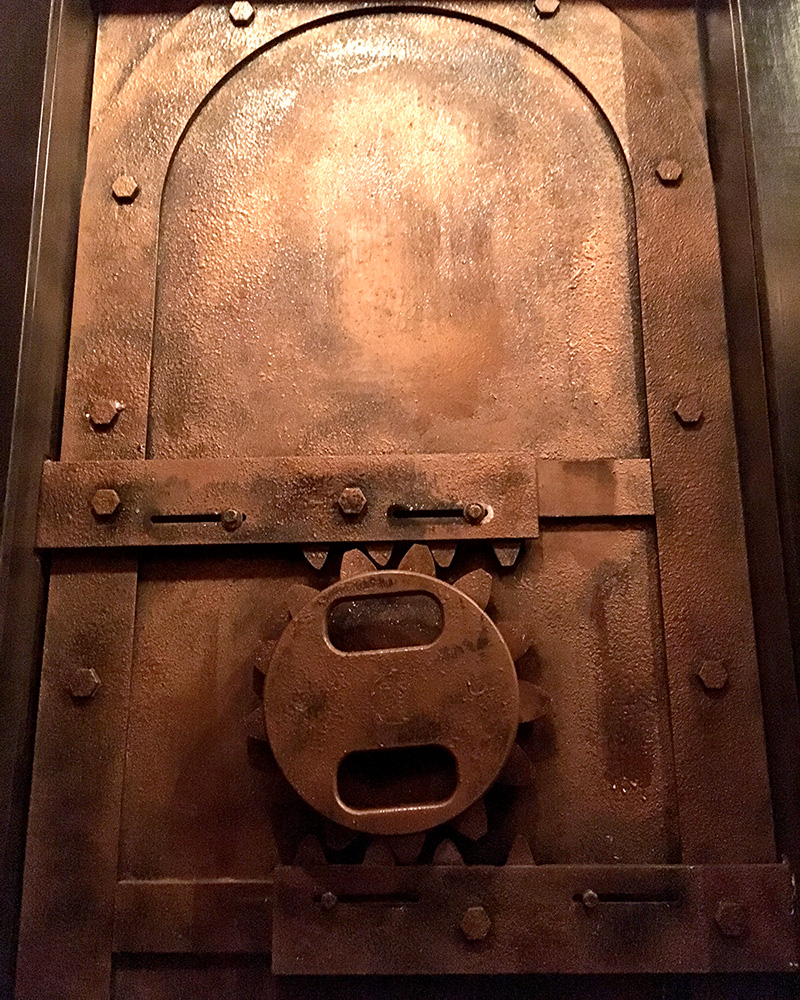 escape room london ontario door.jpg