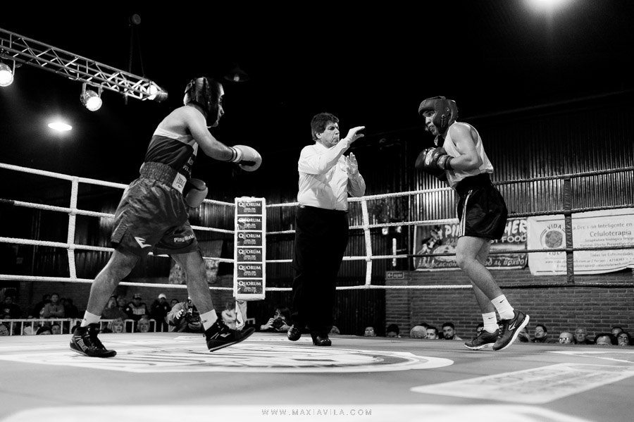 fotografo de boxeo, boxeo, boxeo en el estadio del centro, boxeo profesional en cordoba fotos54