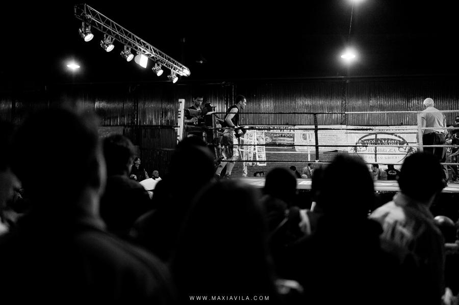 fotografo de boxeo, boxeo, boxeo en el estadio del centro, boxeo profesional en cordoba fotos60