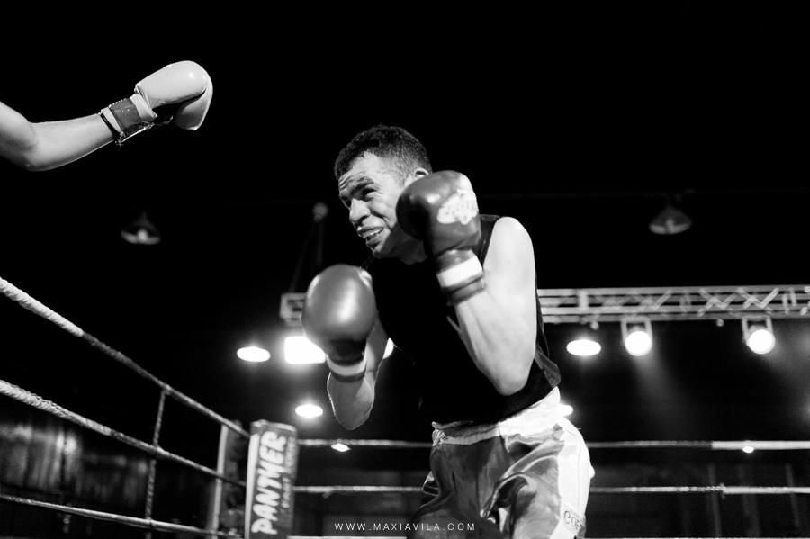 fotografo de boxeo, boxeo, boxeo en el estadio del centro, boxeo profesional en cordoba fotos62